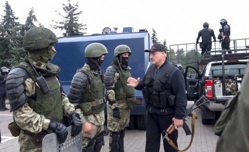 в Беларуси не утихают митинги