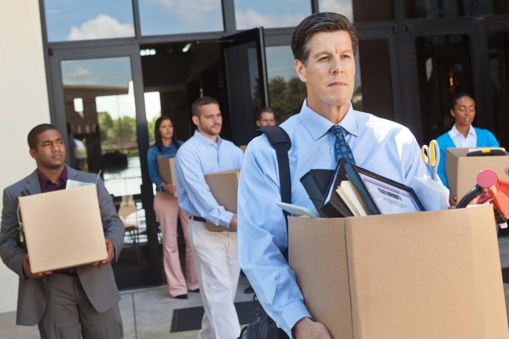 рост безработицы и сокращение экономики