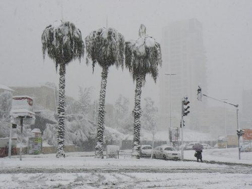 снежная буря в израиле
