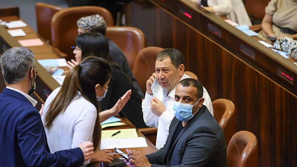 Депутат Кара сегодня